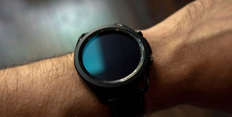 samsung-hidupkan-kembali-moniker-'classic'-untuk-galaxy-watch-4